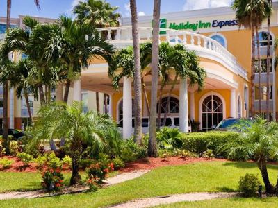 Holiday Inn Express Miami Airport Doral 400x300