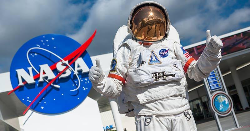 Kennedy-Space-Center-Miami-celetours