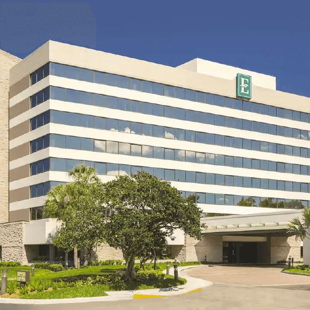 Hotel Embassy Suites