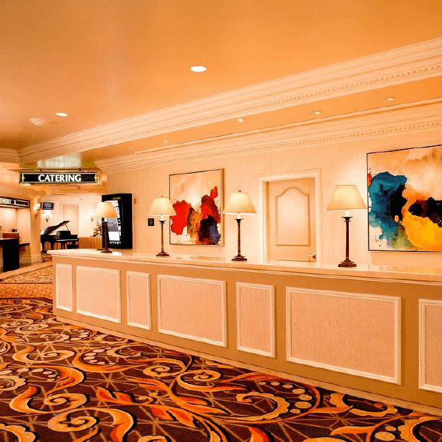 Lobby Hotel Treasure Island Hotel Las Vegas - Similar