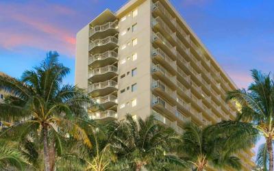Hotel Courtyard Waikiki Beach